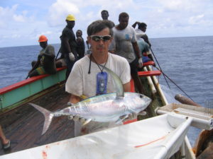 bruno-leroy-holding-tagged-bigeye-on-soltai-6