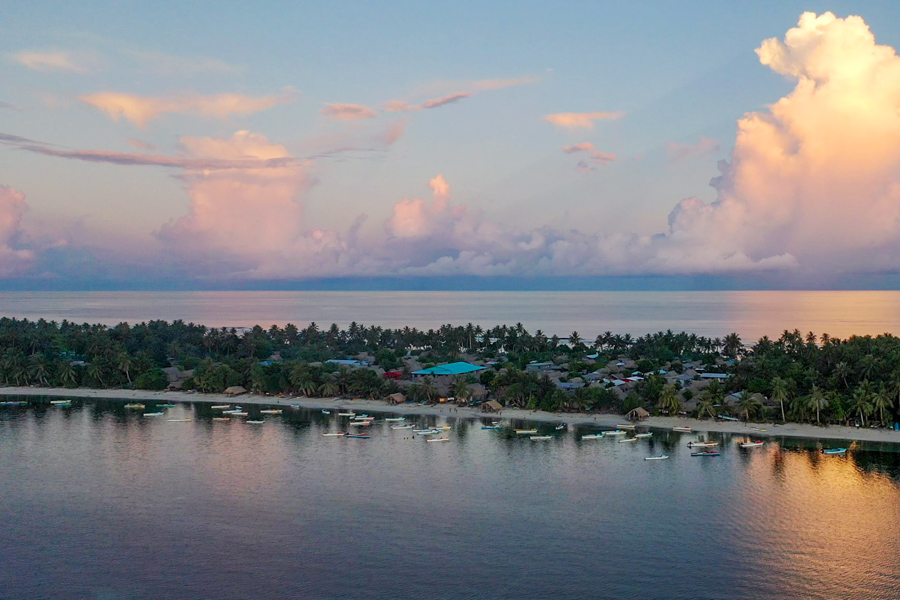 On some atoll islands, there are no grounds left that are suitable for gardening, as rising sea levels are taking soils that were once used to plant root crops and other produce. Photo: Iggy Pacanowski.
