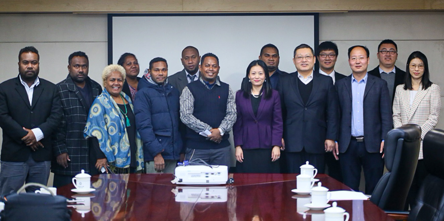 Members of the Solomon Islands media and officials of the PRC's Ministry of Commerce and Ministry of Foreign Affairs. Photo: Ronald F. Toito'ona